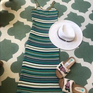 NWOT H&M bold stripe  small so cute one side slit